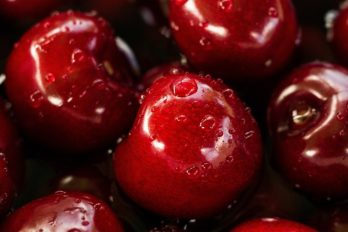 Яблоко — фрукт, который сжигает жиры