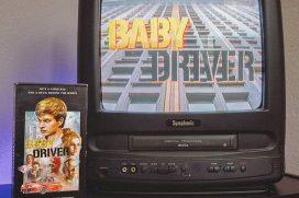 Дизайнер превращает обложки современных фильмов в VHS кассеты в стиле 80-х